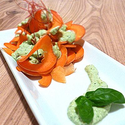 Tagliatelles de légumes sauce basilic